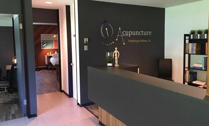 Acupuncture Frederique_Metras clinique a St-Chrysostome Photo courtoisie CLD HSL