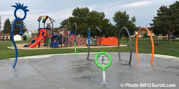Parc St-Joseph-Artisan a Valleyfield module de jeux et jeu_d_eau Photo INFOSuroit