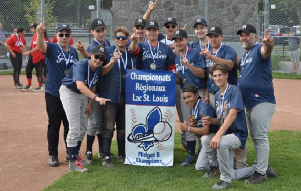 baseball midgetb Yankees Beauharnois champions regionaux Photo courtoisie