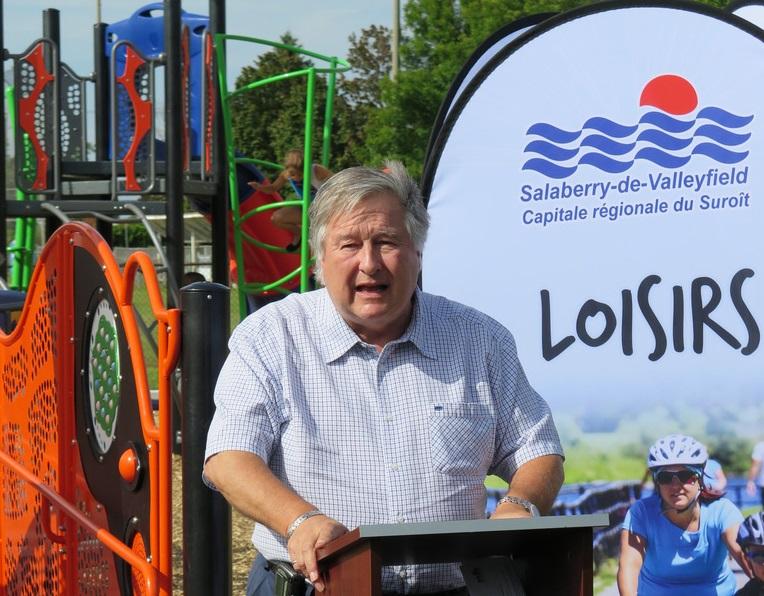 inauguration Parc Saint-Joseph-Artisan maire DLapointe Photo courtoisie SdV