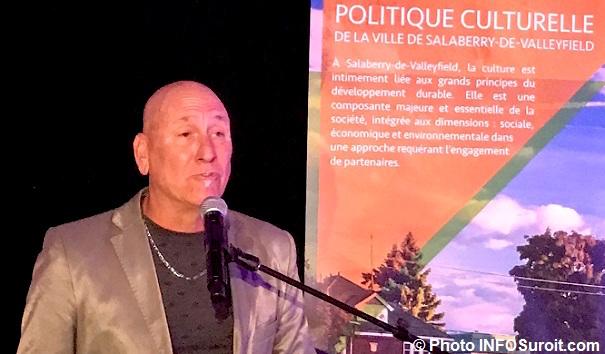 Pierre Crepeau lancement politique culturelle Photo INFOSuroit