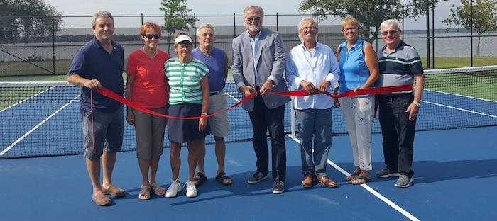 inauguration terrain tennis parc Bourcier Beauharnois aout 2017 Photo courtoisie