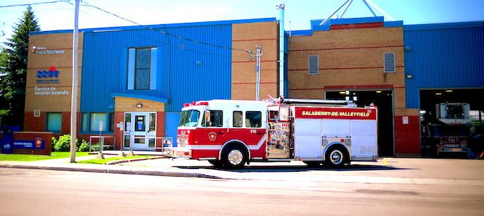 quartier general service securite incendie Valleyfield caserne pompier Photo SdV