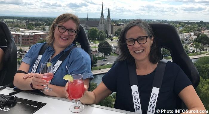 representantes INFOSuroit AdeleMajor et SuzanneTurbide au Diner_entre_ciel_et_terre Photo INFOSuroit