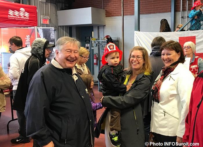 Caserne pompiers securite incendie Valleyfield DLapointe et visiteurs Photo INFOSuroit