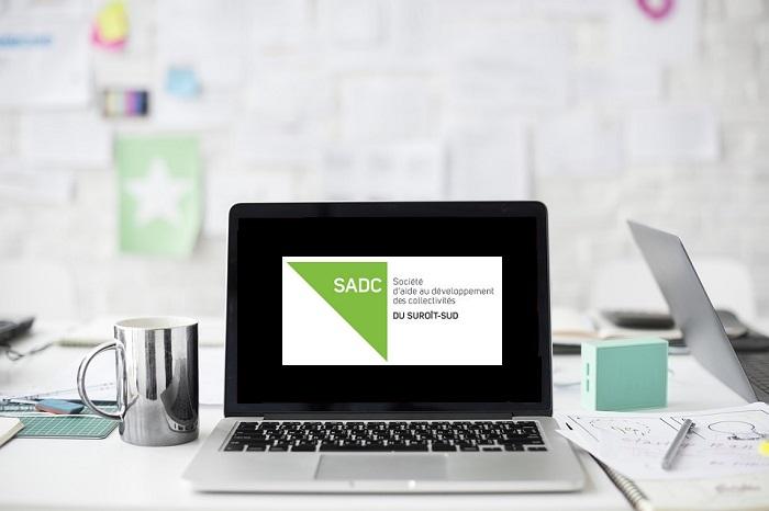 PME ordinateur travailleur autonome Photo RawPixel via Pixabay CC0 avec logo SADC
