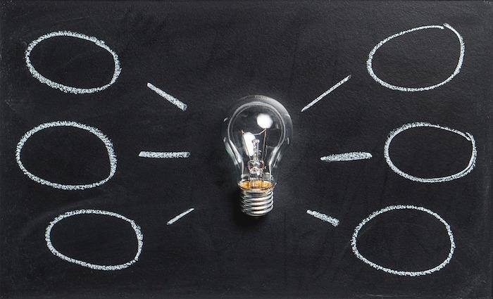 remue-meninges-idees-brainstorming-Visuel-TeroVesalainen-via-Pixabay-CC0