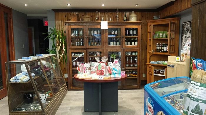 Magasin general Athelstan comptoir produits artisanat et vignobles Photo courtoisie CLD