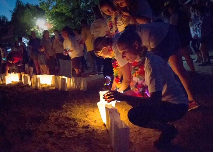Relais pour la vie VS luminaires hommage aux personnes emportees par cancer