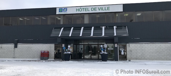 Hotel de ville Vaudreuil-Dorion dec2017 photo INFOSuroit