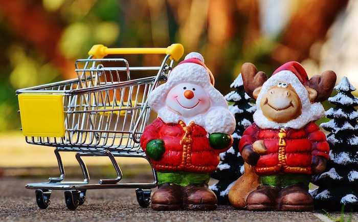 Noel guignolee magasinage panier Visuel Alexas_Fotos via Pixabay CC0
