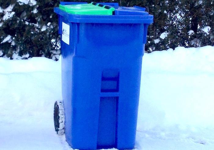 bac de recuperation matieres recyclables hiver photo via MRC