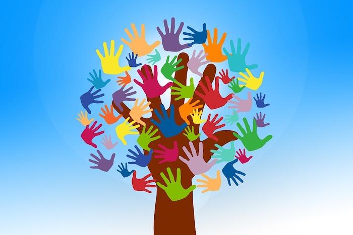 economie sociale benevole benevolat main arbre visuel Geralt via Pixabay CC0