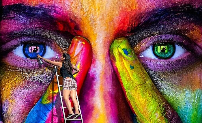 art murale artiste peinture yeux visuel Alexas_Fotos via Pixabay CC0 et INFOSuroit