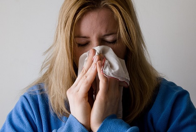 grippe rhume mouchoir maladie photo Mojpe courtoisie Pixabay CC0