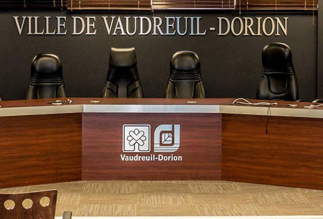 salle-du-conseil-municipal-Ville-Vaudreuil-Dorion-photo-courtoisie-VD-via-INFOSuroit