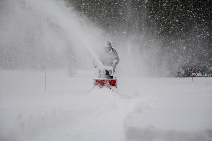 souffleuse a neige hiver tempete photo Mmartin1202 via Pixabay CC0 et INFOSuroit