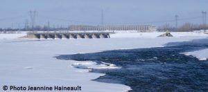 Barrage-Les-Cedres-depuis-parc-des-iles-de-St-Timothee-hiver-Photo-Jeannine_Haineault-pour-INFOSuroit