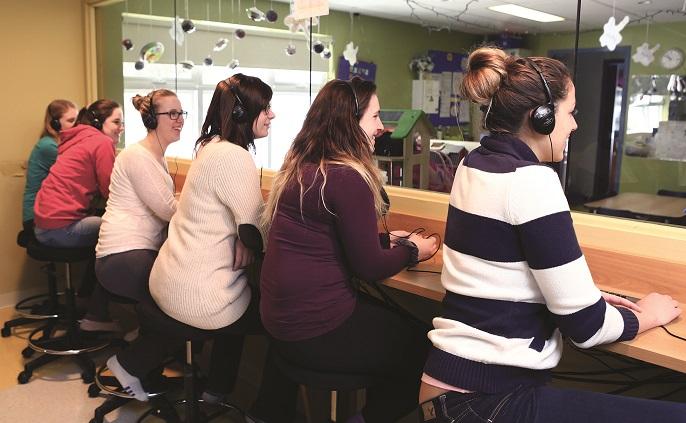 education a l_enfance apprentissage en milieu de travail CPE Citronnelle photo via College Valleyfield