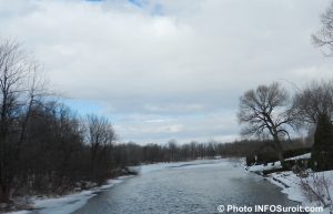 fleuve Saint-Laurent entre Valleyfield et Coteau-du-Lac hiver Photo INFOSuroit_com
