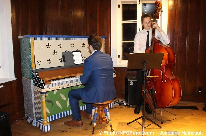 lancement programmation 2018 Maison Felix-Leclerc Vaudreuil piano contrebasse photo INFOSuroit-Jeannine_Haineault