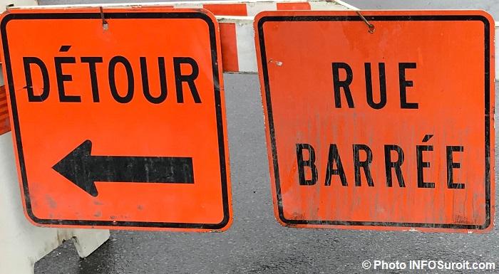 panneaux detour rue barree fev2018 Photo INFOSuroit_com