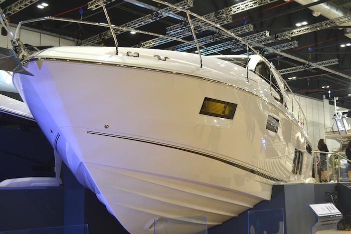 salon du bateau et sports nautiques exposition photo Imordaf via Pixabay CC0 et INFOSuroit
