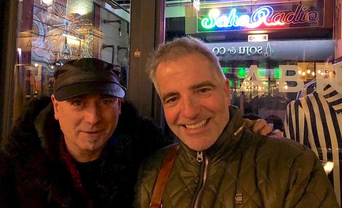TonyMoore avec MikeGauthier a Londres photo courtoisie publiee par INFOSuroit
