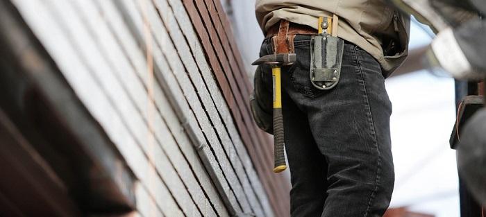 construction renovation maison travailleur mur exterieur photo Life-O-Pix via Pixabay CC0 et INFOSuroit