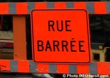 rue barree travaux detour signalisation panneau rue barree photo INFOSuroit