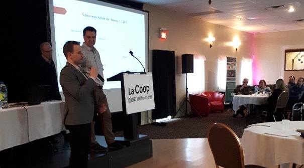 AGA 4 avril2018 Coop Unifrontieres presentation A_DiGenova et A_Brassard de Coop federee photo courtoisie Coop