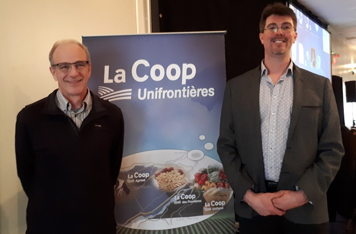 Bruno_Dubuc et Sylvain_Brault assemblee 4avril2018 photo courtoisie Coop Unifrontieres