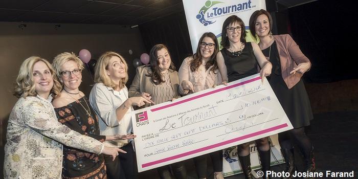 CRAFS femmes_d_affaires soiree benefice cheque pour Le_Tournant photo via SADC