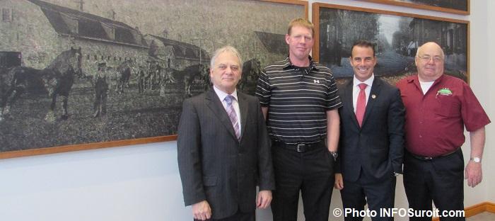 JLapierre maire Ormstown MarkAnderson LBA SBillette ministre et BillBlair ex-president LBA photo INFOSuroit