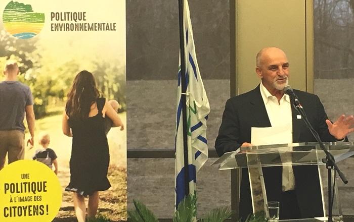 Lancement politique environnementale Vaudreuil_Dorion maire Guy_Pilon photo courtoisie VD