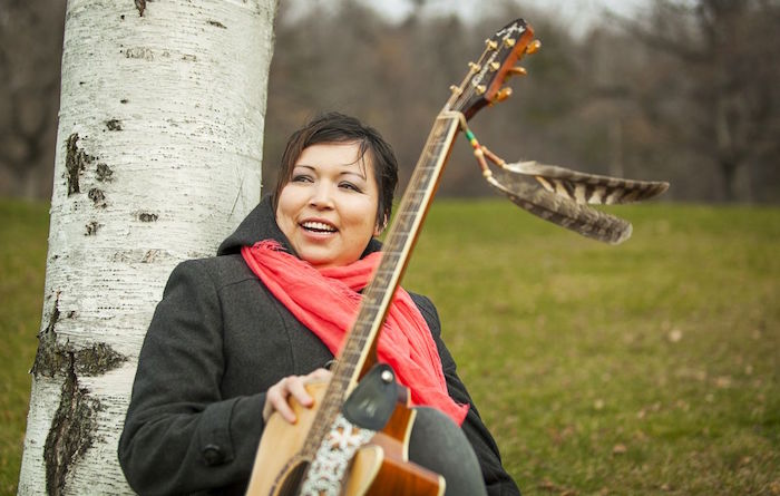 Laura_Niquay sera aux Rencontres autochtones de Rigaud Photo via MusiqueNomade courtoisie Vents-Arts