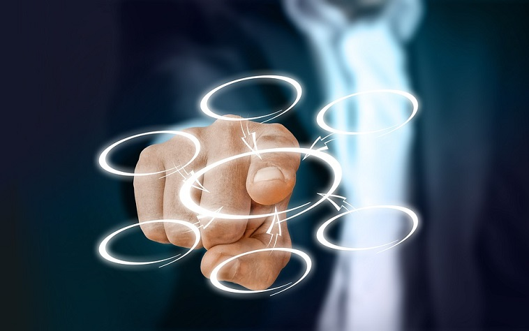 affaires entreprise gestionnaire ressources humaines visuel geralt via Pixabay CC0 et INFOSuroit
