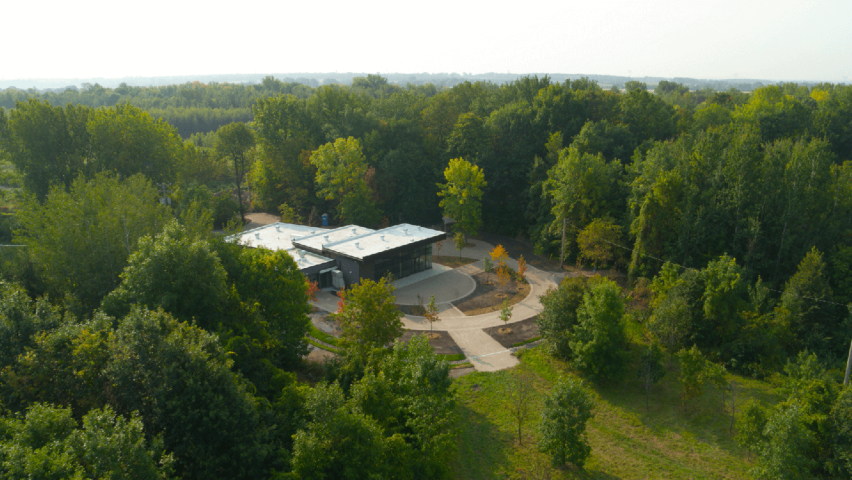 chalet Centre ecologique Fernand-Seguin Chateauguay Copyright photo HeritageSaint-Bernard