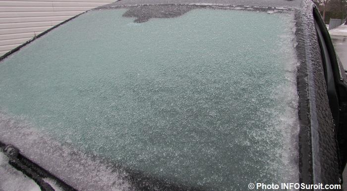 glace pare-brise auto verglas pluie verglacante avr2018 photo INFOSuroit