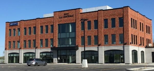 Edifice LaCentrale a Beauharnois face Autoroute 30 photo courtoisie CLD