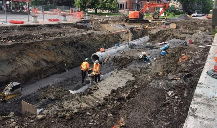 travaux majeurs infrastructures egout aqueduc conduites rue Salaberry Valleyfield photo courtoisie SdV