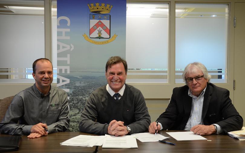 Martin_Joyal Yourbarfactory Pierre-Paul_Routhier maire et notaire Francois_Gareau photo courtoisie