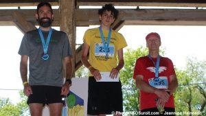 defi-FRAS-2018-podium-hommes-5km-Ylabri-AAllard-et-RBossi-photo-INFOSuroit-Jeannine_Haineault