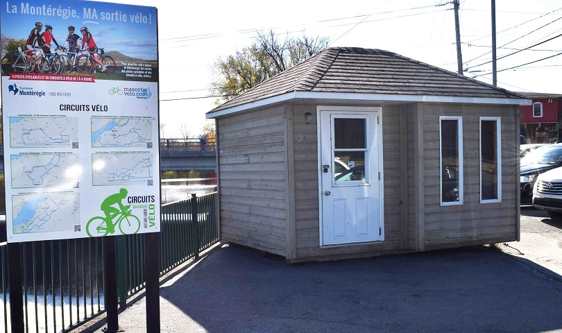 kiosque information touristique a Huntingdon pres riviere chateauguay photo courtoisie CLD HSL