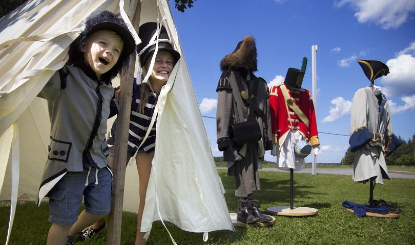 lieu historique national Bataille-de-la-Chateauguay Howick tente-costumes photo courtoisie CLD HSL