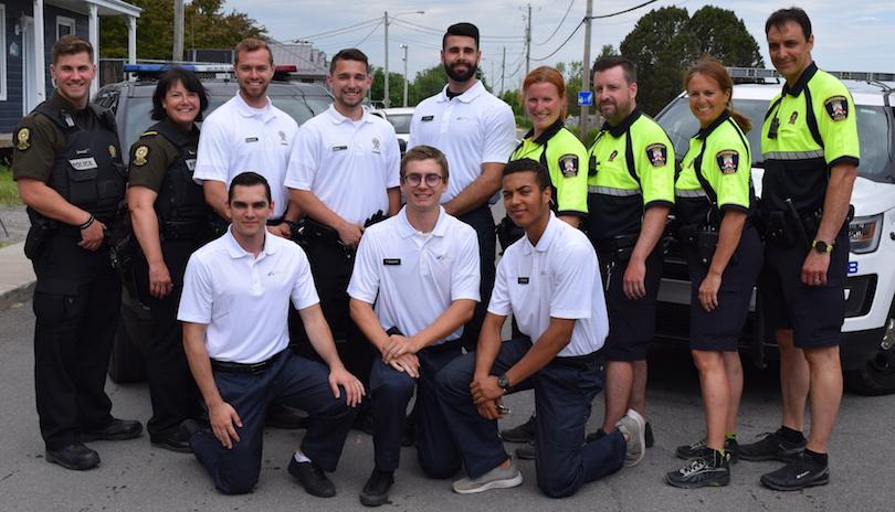 policiers SQ Beauharnois-Salaberry et Chateauguay avec cadets et agents Securi-Parc photo MRC