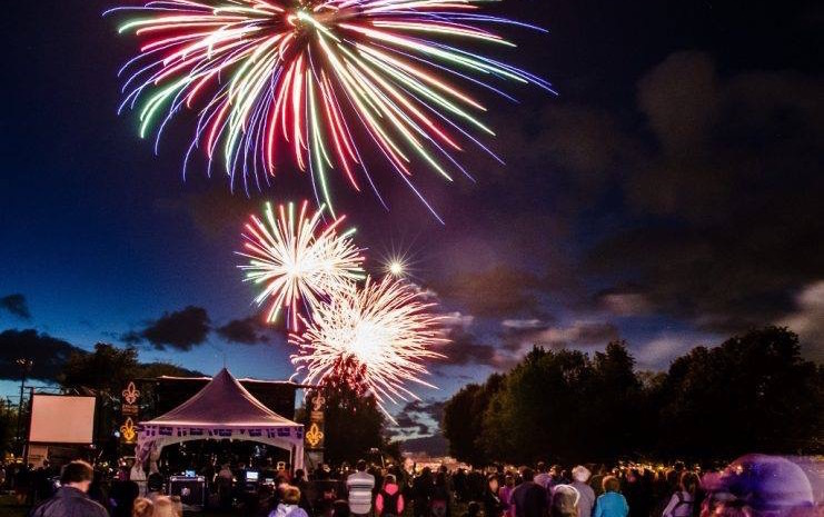 spectacle fete nationale a Valleyfield feu artifice photo via Valspec