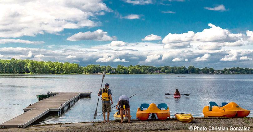 pedalos kayaks lac nautisme Photo Christian_Gonzalez via Ville Vaudreuil-Dorion