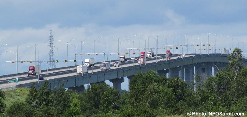 A_30 pont Madeleine-Parent autoroute_30 Beauharnois Photo INFOSuroit