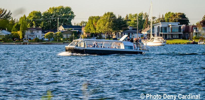 Navark Suroit bateau croisiere bayou Valleyfieldd lac St-Francois photo Deny_Cardinal via CLD